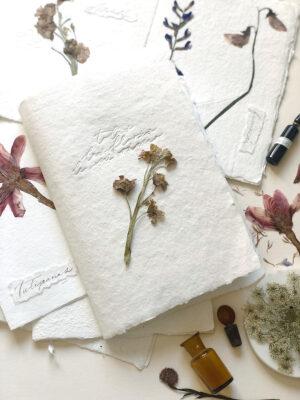 De Pluma y Letras - El libro de las flores de tu ramo