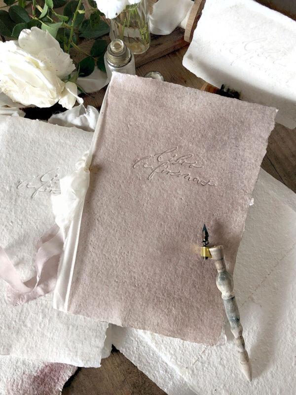 De Pluma y Letras - Libro de firmas